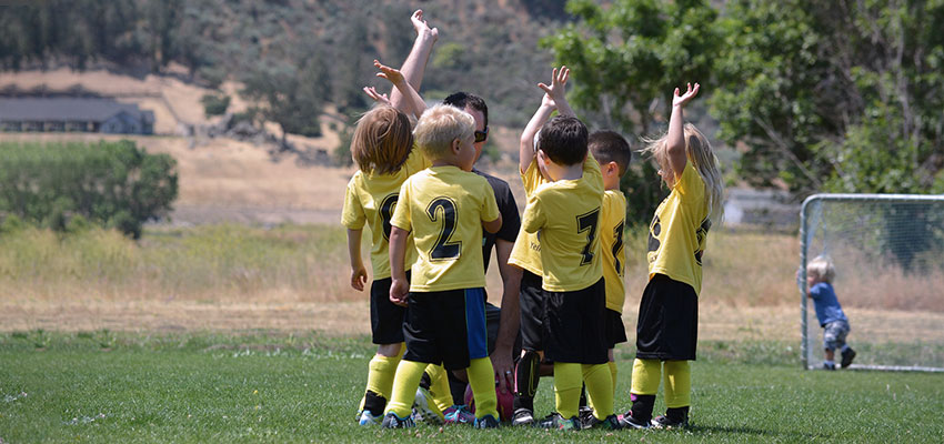 Equipo de fútbol en la pretemporada - Elk Sport